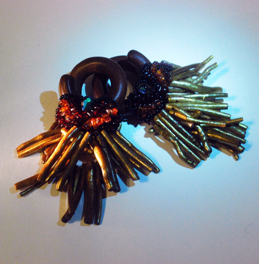 gold coral ear weights